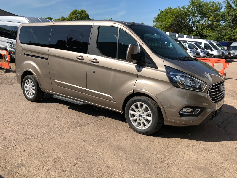 FORD TOURNEO CUSTOM 9 SEATS Car Hire Deals
